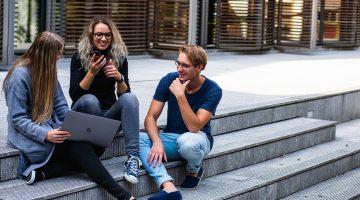 Udvalgt billede Uddan dig hjemme De 3 bedste online universiteter 360x200 - Uddan dig hjemme - De 3 bedste online-universiteter